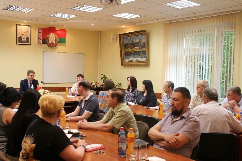 Встреча в ОАО «Белэлектромонтаж» с заместителем премьер — министра Белоруси Кухаревым В.Е.
